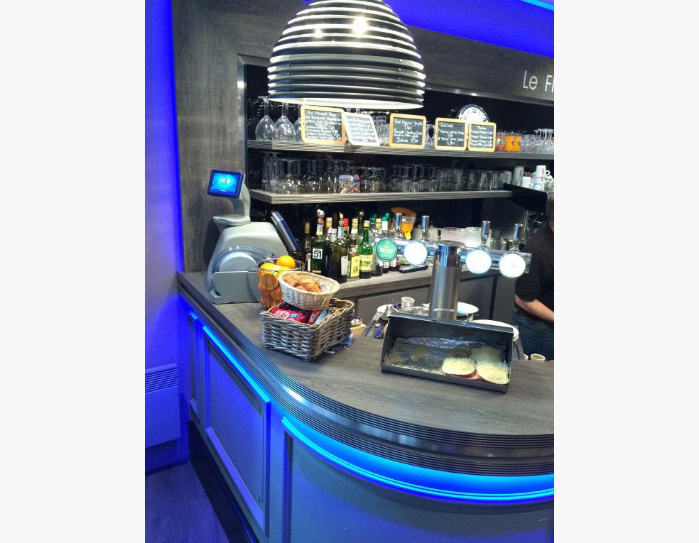 Bar alu et éclairage Led