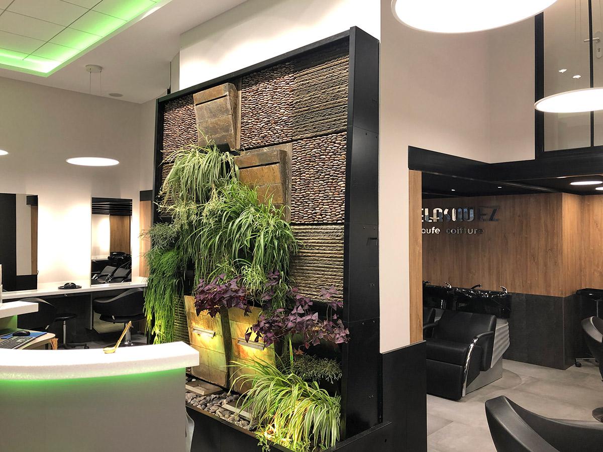 Vue sur le mur végétal